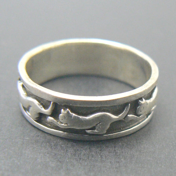 Playful Cats Sterling Silver Band Ring