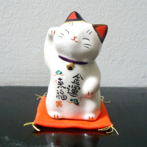 Porcelain Good Luck Maneki Neko Cat Figurine