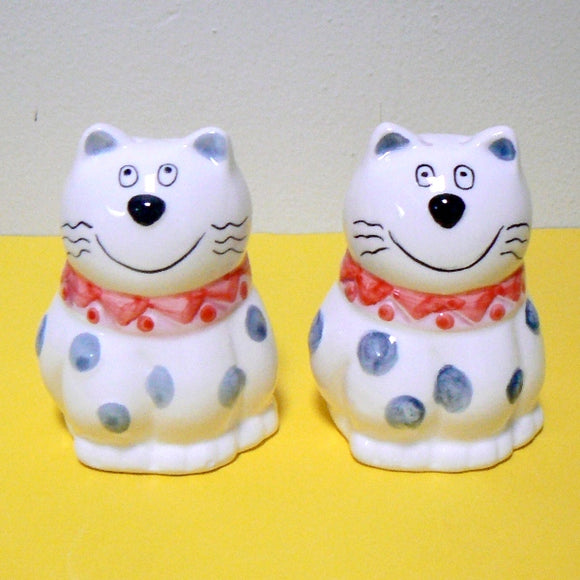 Smiling Cats Salt n Pepper