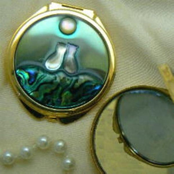 Two Cats Mother of Pearl & Shell Compact GP