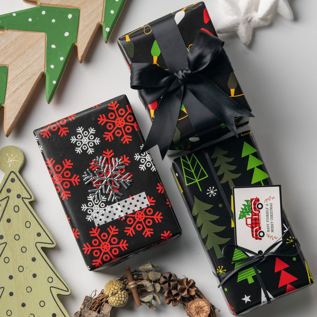 Wrapaholic-Christmas-Holiday-Wrapping-Sheet-6