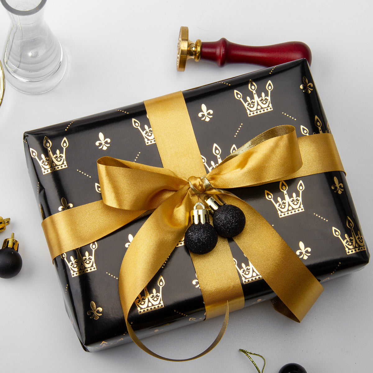 Wrapaholic-Gold-Foil-Crown-Design- with-Cut-Lines- Gift-Wrapping-Paper-Roll-5