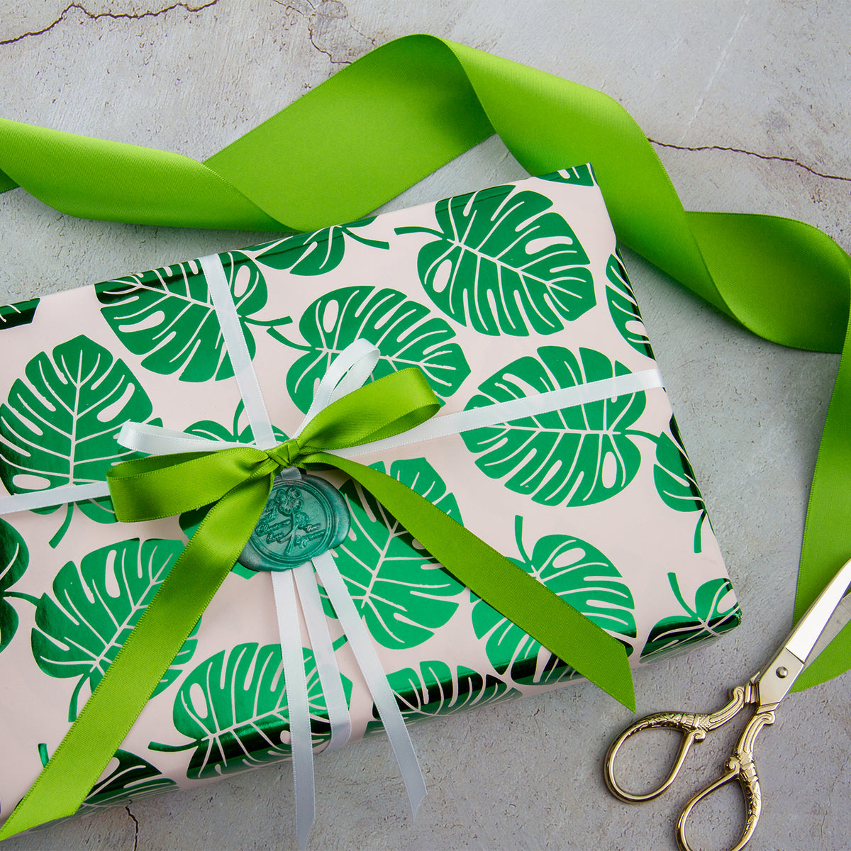 Wrapaholic-Green-Foil-Tropical-Palm-Leaves-Gift -Wrapping-Paper-Roll-6