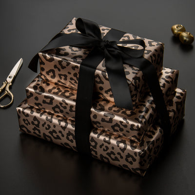 Wrapaholic- Leopard-Print Gift-Wrapping-Paper-Roll-3