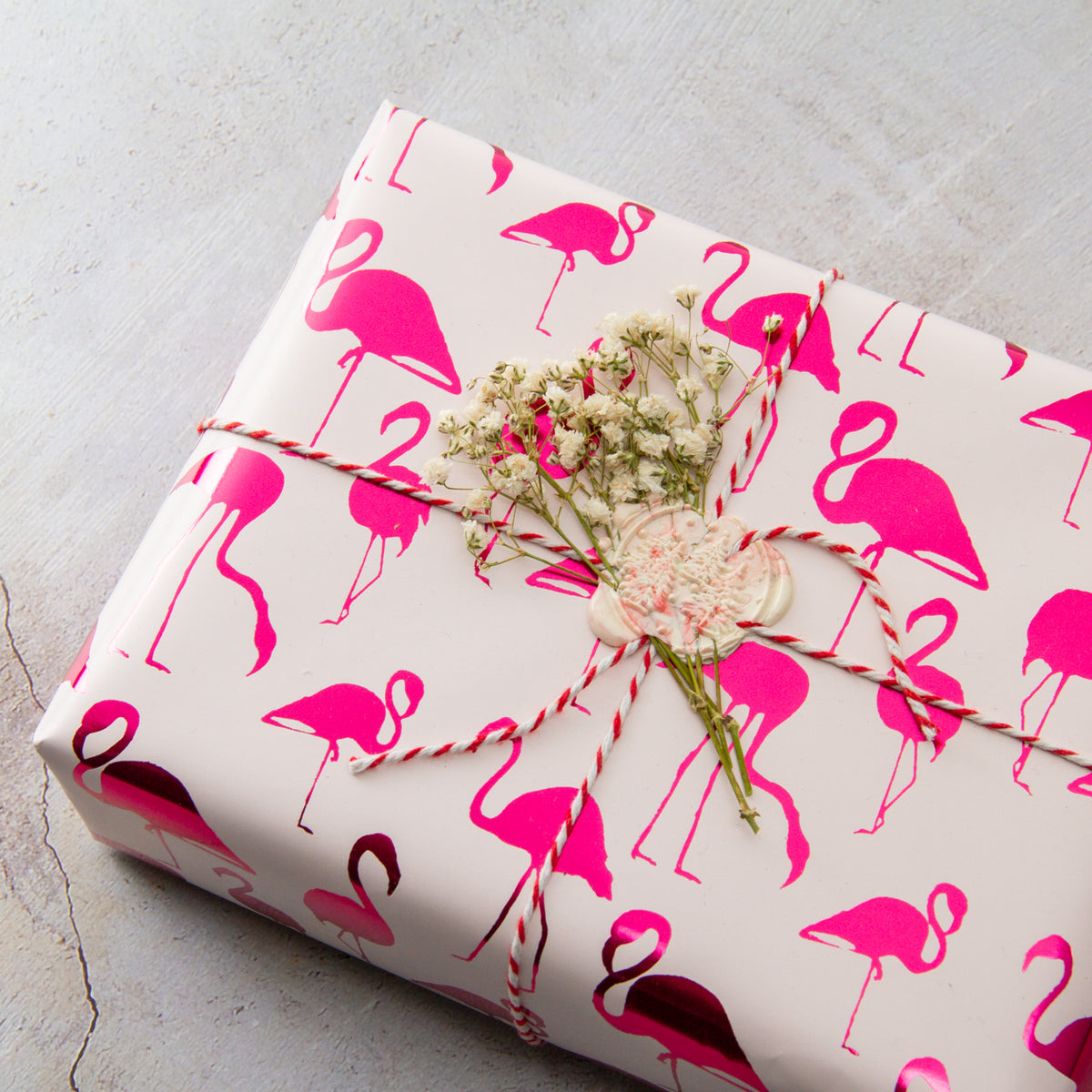 Wrapaholic-Pink-with- Fuschia-Foil-Flamingo-Gift- Wrapping- Paper-Roll-4