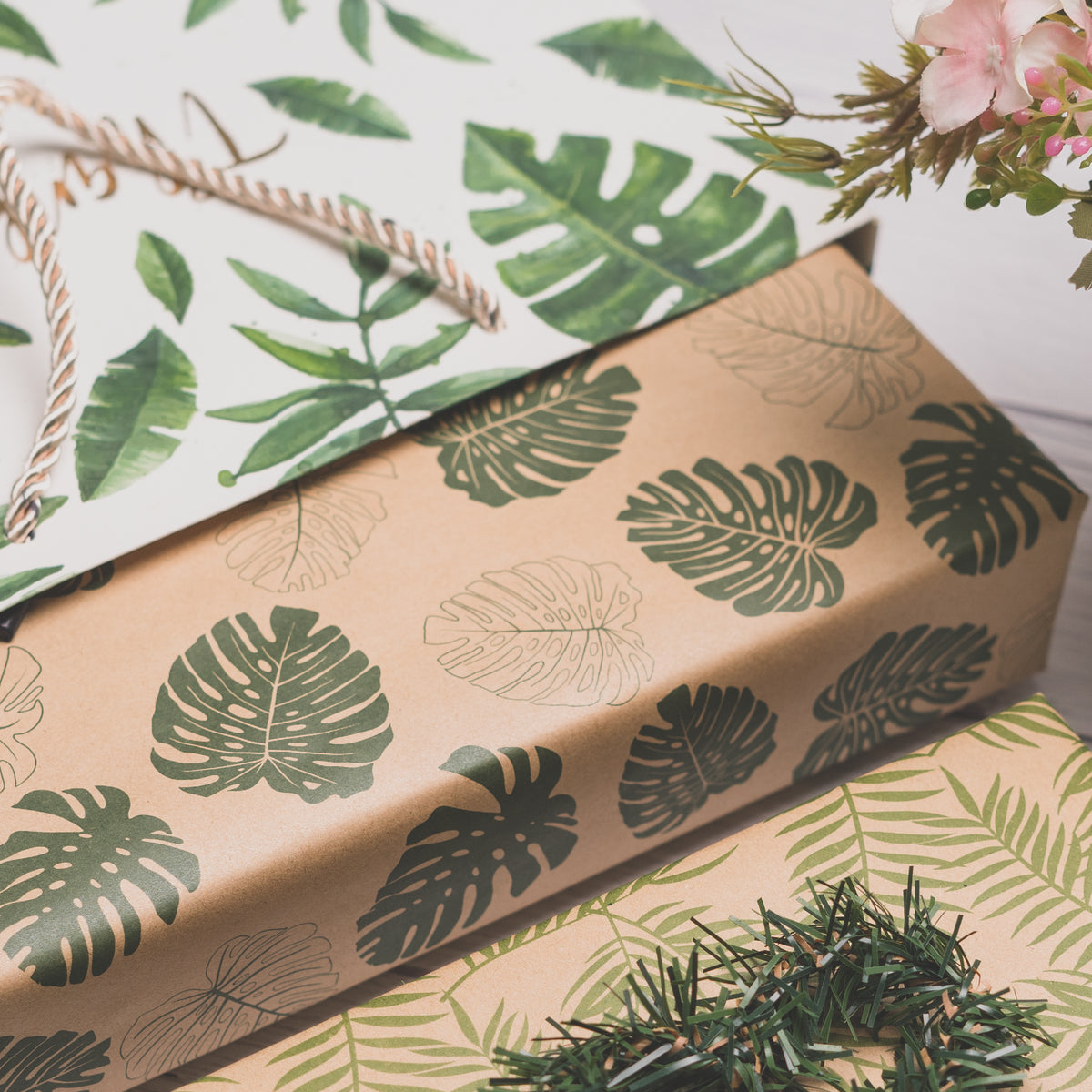 Wrapaholic-Monstera-Kraft-Gift-Wraping-Paper-4