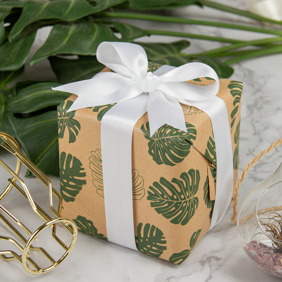 Wrapaholic-Monstera-Kraft-Gift-Wraping-Paper-5