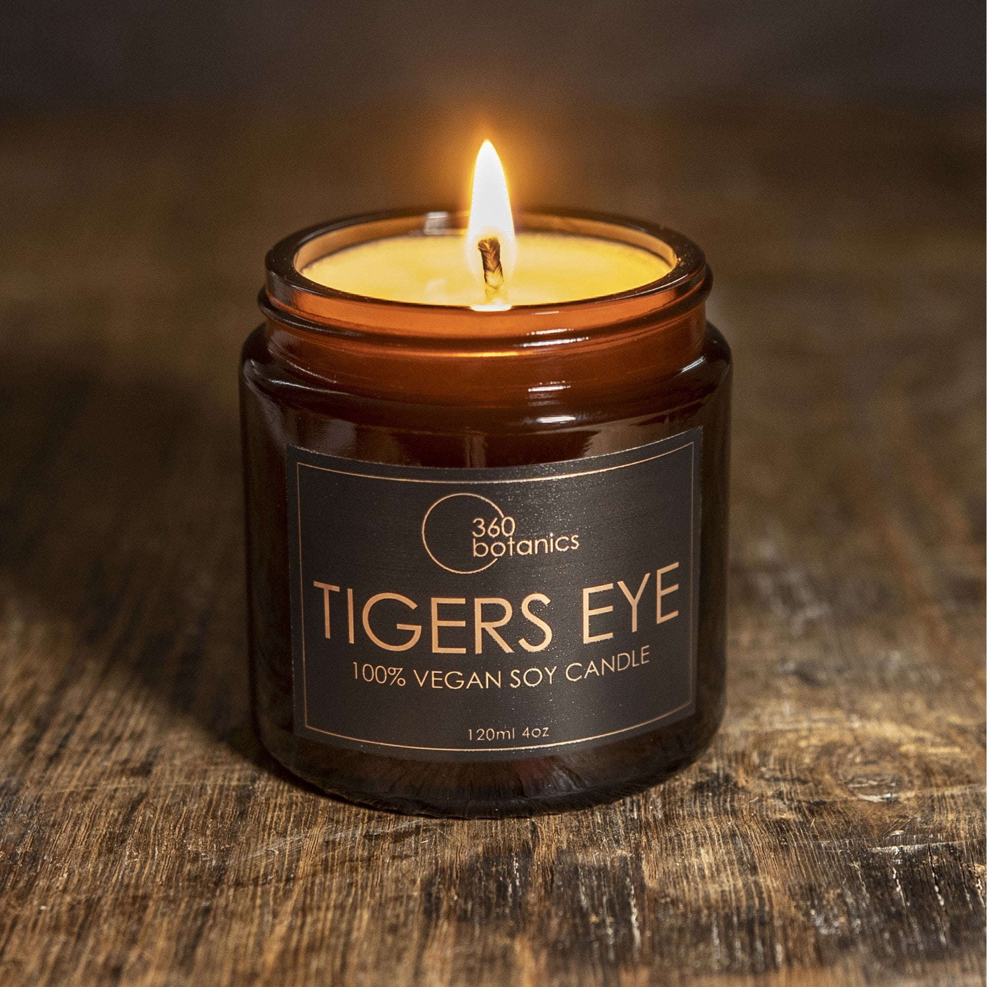360botanics-Tigerseye-vegan-soy-Candle photographed on dark tone background