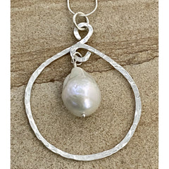 Framed Baroque Pearl #303