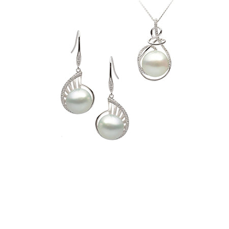 Pearl Earrings & Pendant Sets