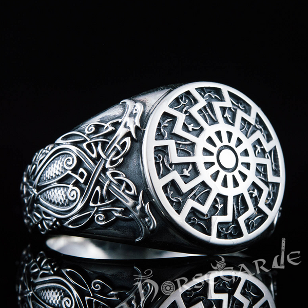 Handcrafted Kolowrat Viking Ornament Ring - Sterling Silver