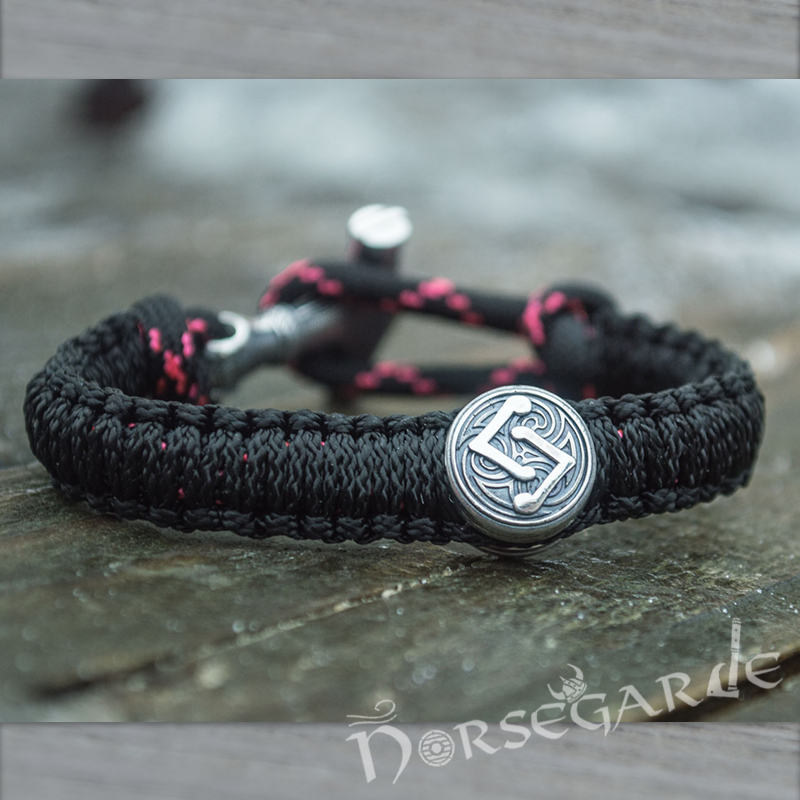Handcrafted Night Paracord Bracelet with Mjölnir and Rune - Sterling Silver