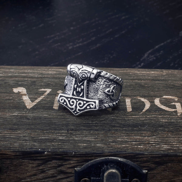 Celtic Knot Thor's Hammer Ring - Stainless Steel