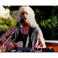 Emmylou Harris Signed 8x10 Photo