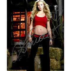 Laura Vandervoort Signed 8x10 Photo