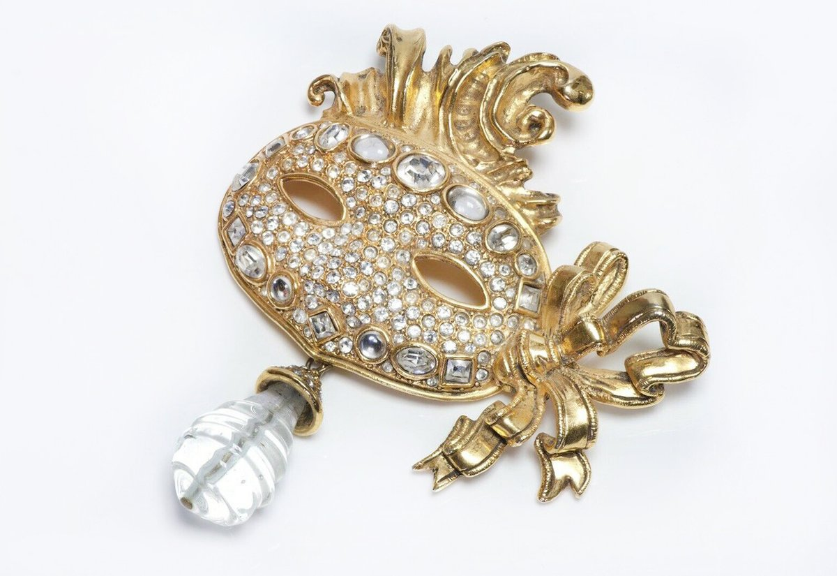 christian-dior-boutique-gripoix-masquerade-mask-brooch