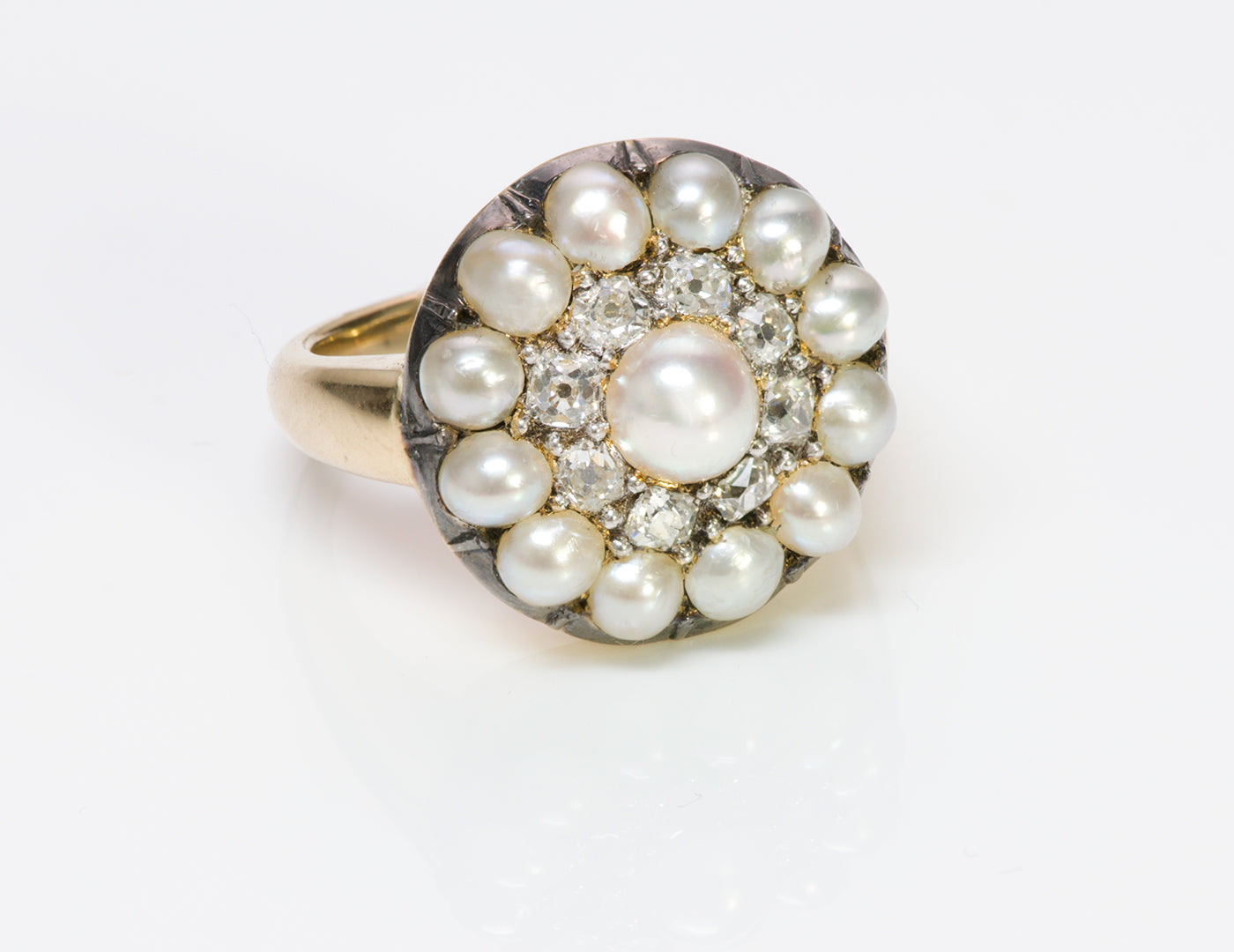 gold-cluster-natural-pearl-diamond-ring