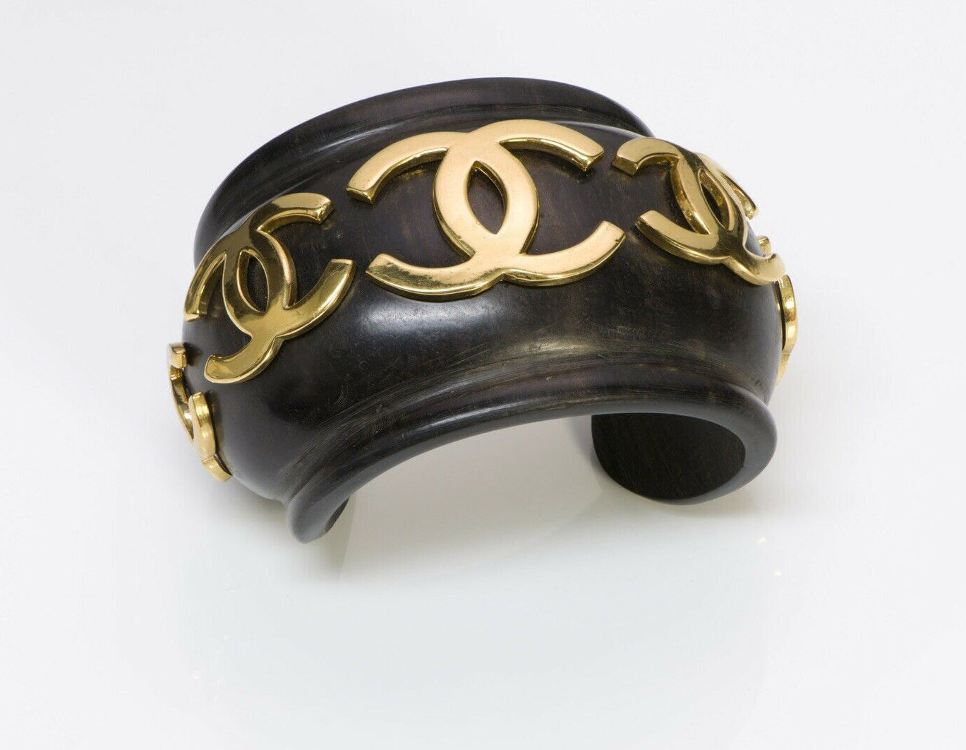 chanel-cc-vintage-1980-s-wood-wide-cuff-bracelet