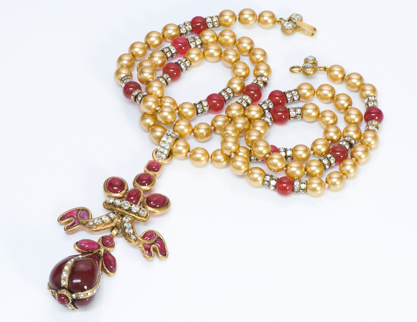 chanel-couture-gripoix-pearl-necklace