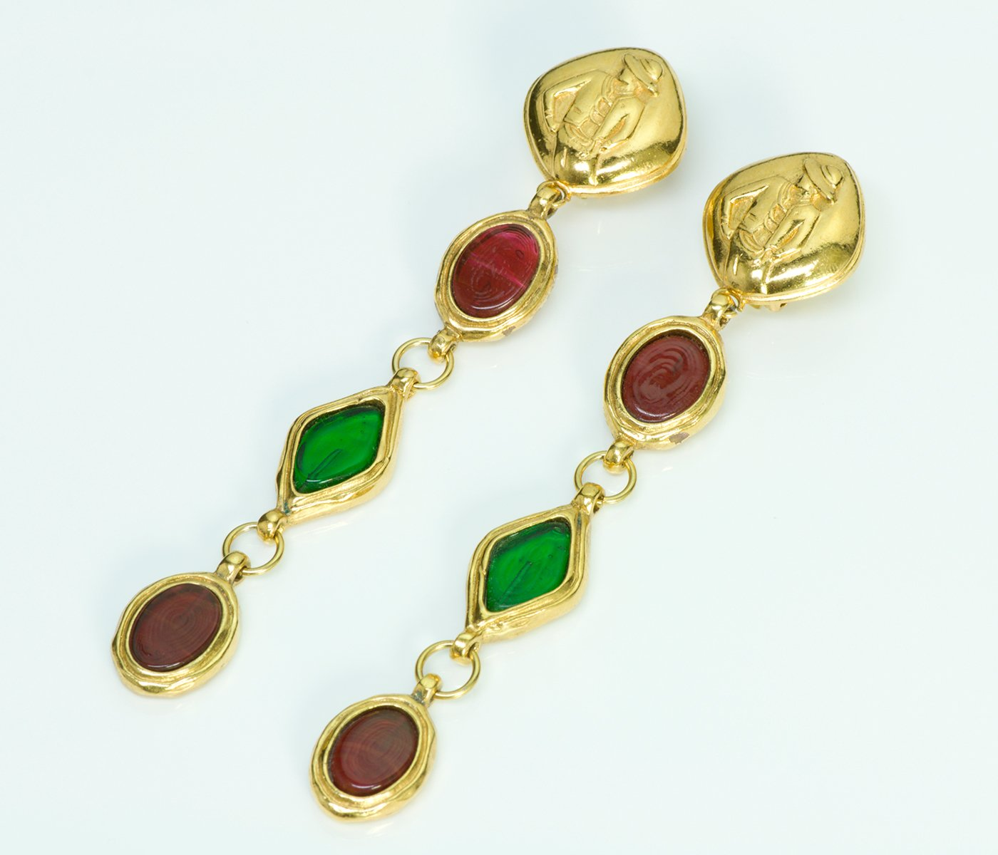 chanel gripoix-vintage-earrings