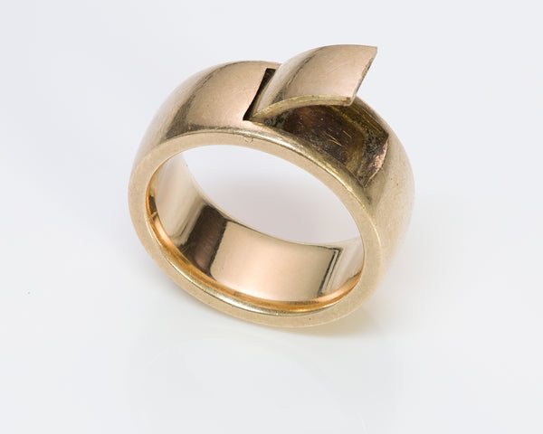 Antique Men's Gold Poison Band Ring