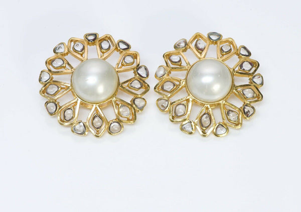 CHANEL 1980's Maison Gripoix Glass Pearl Earrings