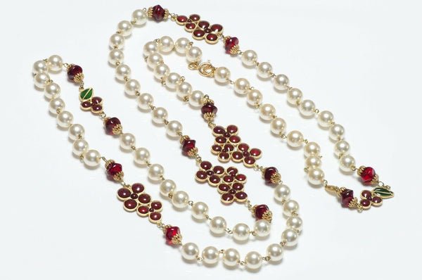 CHANEL 1990's Gripoix Camellia Glass Pearl Necklace
