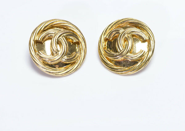 CHANEL CC Spring 1993 Round Earrings