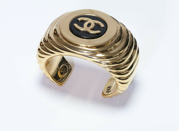 CHANEL Paris 1980's Wide Black Enamel CC Bracelet