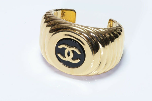 CHANEL Paris 1980's Wide Black Enamel CC Cuff Bracelet
