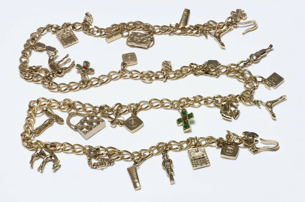 CHANEL Spring 2002 Gripoix Glass CC Charm Chain Belt