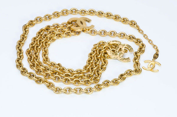 CHANEL CC Hammered Logo Chain Belt