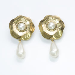Vintage Costume Jewelry Pearl Earrings