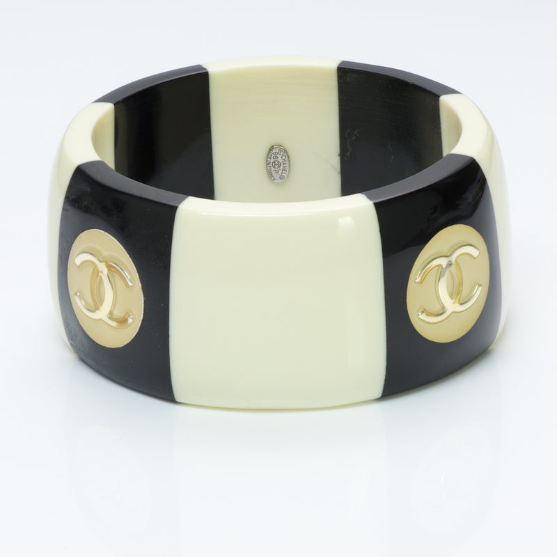 CHANEL CC Black White Bangle