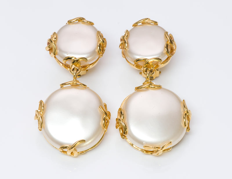 Chanel CC 1993 Gold Tone Pearl Drop Earrings