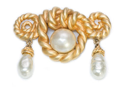Chanel 1980's Large Gold Tone Rope Pearl Brooch