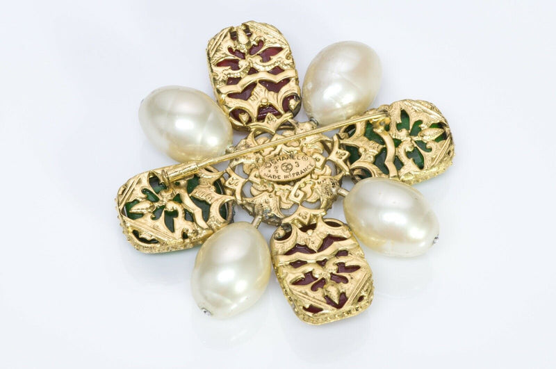 Chanel 1980's Byzantine Style Gripoix Glass Pearl Brooch3