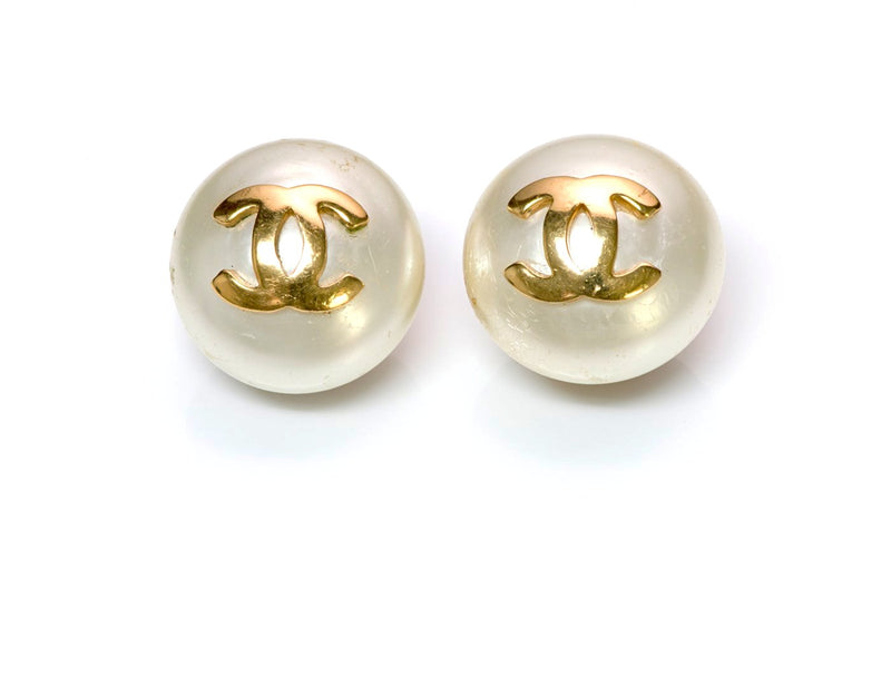 Vintage Chanel CC 1970's Pearl Earrings