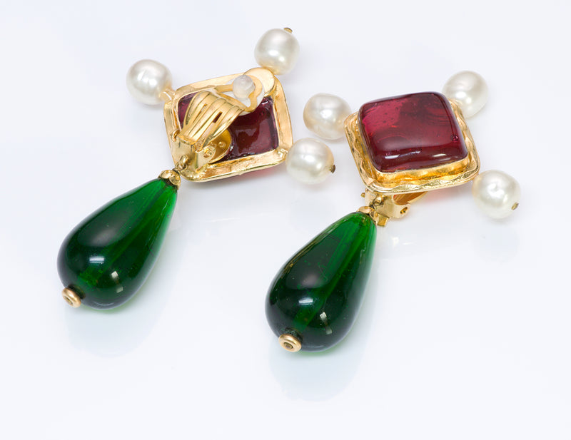 Vintage Chanel Gripoix Red Green Glass Pearl Drop Earrings 1