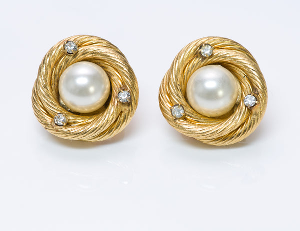 Chanel Earrings Pearl