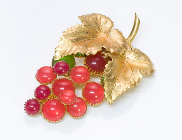 Countess Cissy Zoltowska CIS 1950's Glass Grape Leaf Brooch