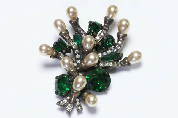 EISENBERG Original 1940's Green Crystal Pearl Flower Brooch