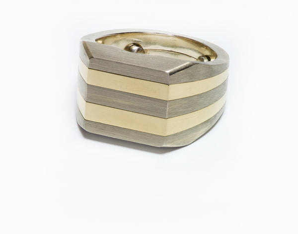 Andre Vassort 18K Gold Men's Ring