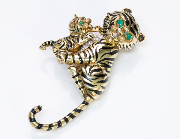 Montclair Diamond Chalcedony 18 Gold Enamel Tiger Brooch clip