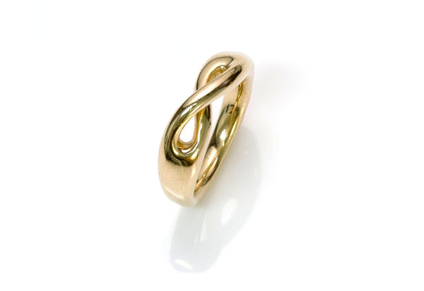 Tiffany & Co. 18K Gold Infinity Ring
