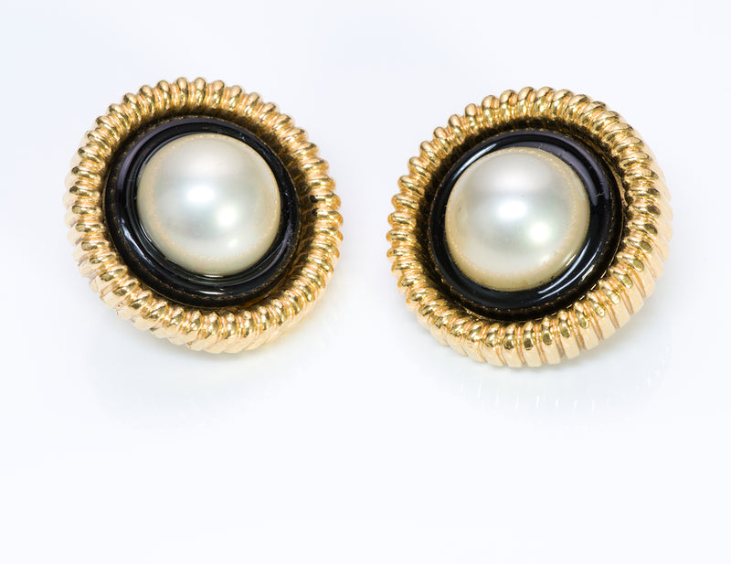 Chanel 1960's Gold Tone Black Enamel Pearl Round Earrings3