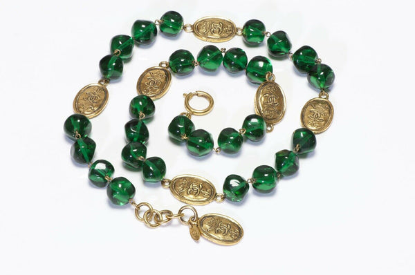 Vintage CHANEL Gripoix Green Glass Beads Sautoir Necklace