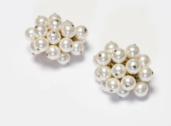 Vintage CHANEL 1990's Pearl Cluster Earrings