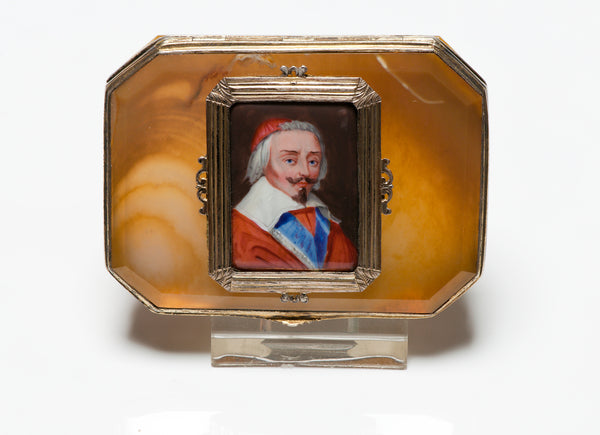 Antique 17th or 18th Century Agate Portrait Box