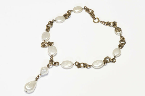 Vintage 1983 CHANEL Paris Pearl Chain Pendant Necklace
